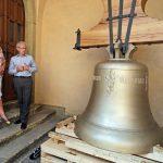 Obrazem: Nový zvon Jakub Maria dorazil do Kutné Hory!